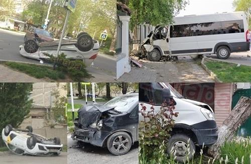 In Anapa in the accident Hyundai demolished everything before (video)